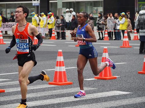 Women's top runner