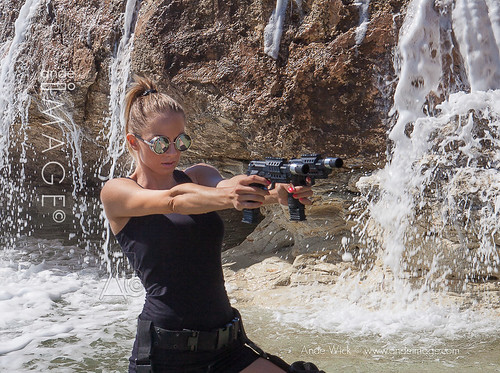 ladies & guns pictures
