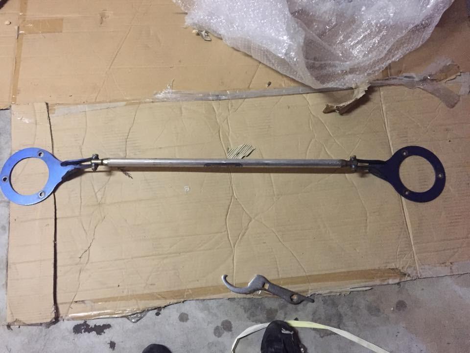 AE111 Fet Sports front strut brace