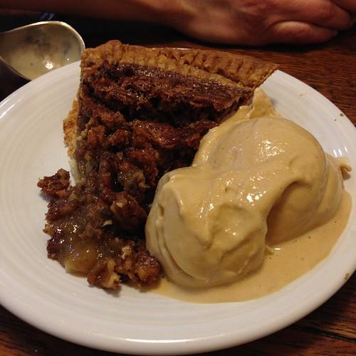 Why I Ride: pecan pie with @buonaterra_gelato caramel gelato #foodcatspens #food