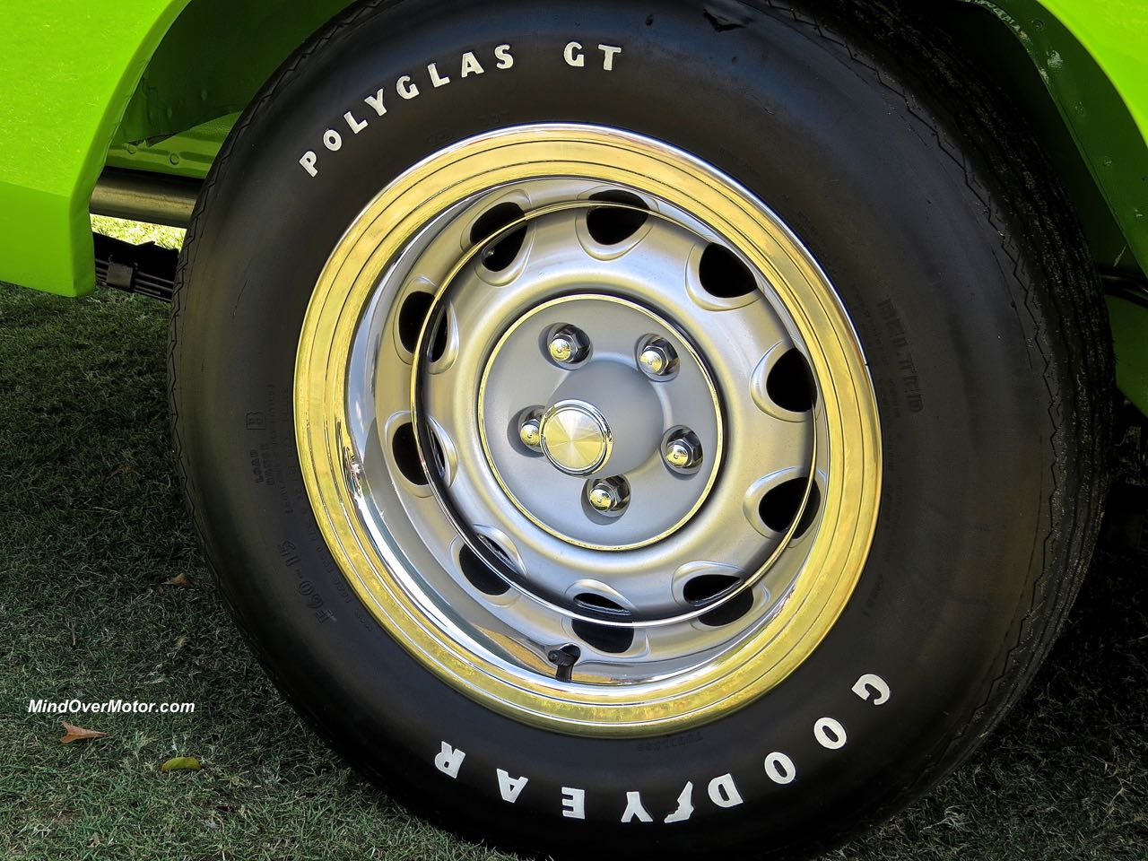 1970 Dodge Charger R:T Wheel