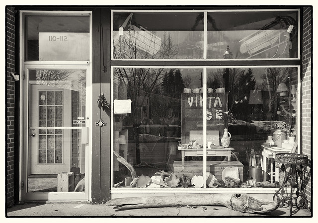 IMG_3883 Vintage Store Front