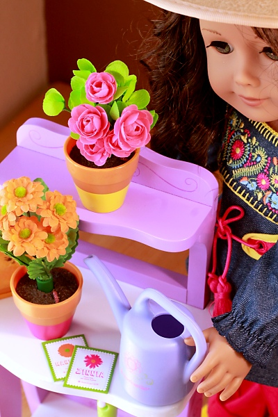 American Girl doll Sunshine Gardening Bench Review - Spring Release 2015