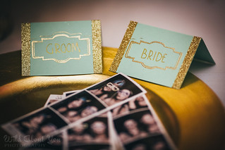 mint and gold placecards