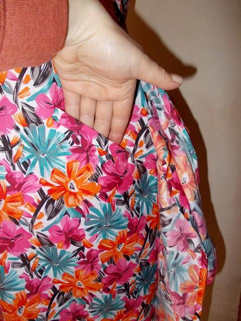 Vogue 9595 hidden welt pocket