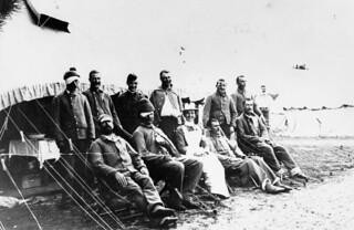 Miss Minnie Affleck, nursing sister with the 1st Canadian Contingent, South African War, 1899-1902 / Mademoiselle Minnie Affleck, infirmière militaire, avec le 1er Contingent canadien pendant la guerre d'Afrique du Sud, de 1899 à 1902