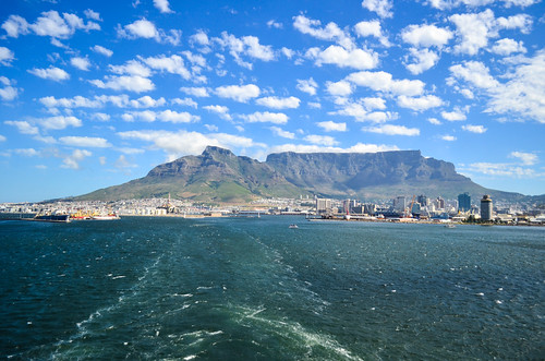 Vessel trail and Cape Town