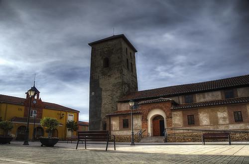 Plaza Mayor de Bercianos del Páramo