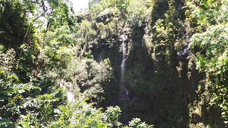 Durchfahrt Wasserfall