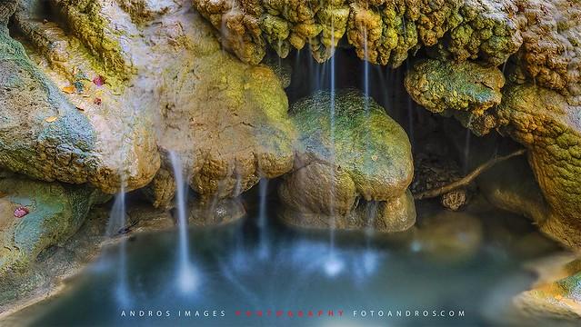 Agua bonita en Urederra - Nacimiento del río Urederra Navarra