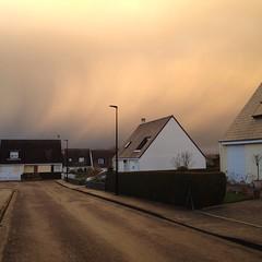 Le ciel arborait de drôles de couleurs aujourd'hui #nofilter - Photo of Montbray