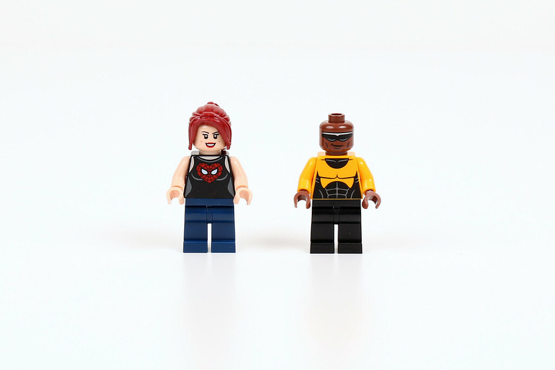 76016 minifigures