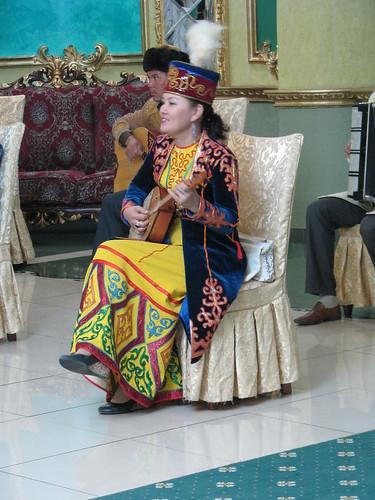 musician kazakhstan goldenpalace banquetinghall shymkent dombra chimkent казахстан шымкент чимкент steppetales домбра traditionalkazakhclothing тойхана алтынсарай