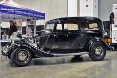 1933-34 Ford 3 door sedan