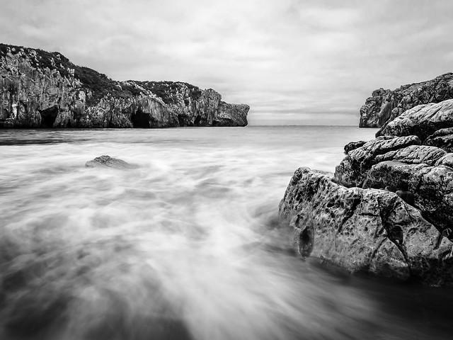 Playa de las Cuevas - LED - II - ByN