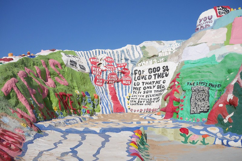 salvation-mountain-7