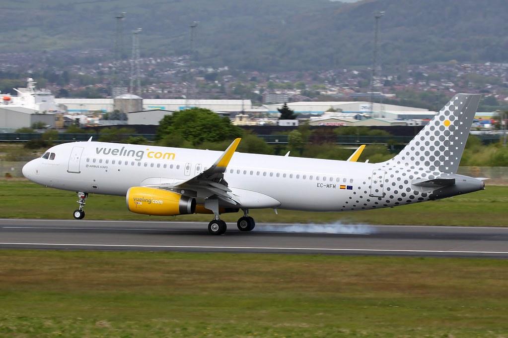 EC-MFM - A320 - Vueling