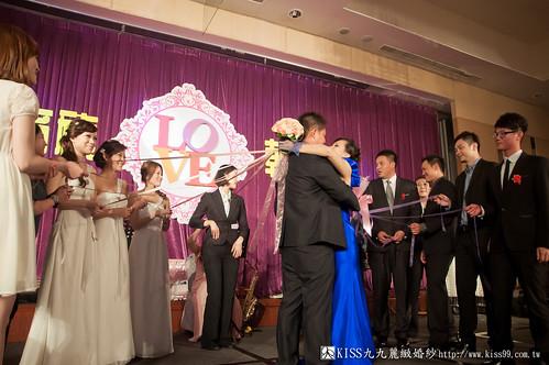 【高雄婚禮攝影推薦】婚禮婚宴全記錄:kiss99婚紗公司,網友都推薦的結婚幸福推手! (26)