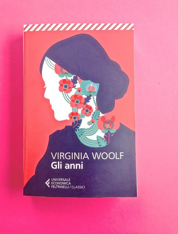 Gli anni, di Virginia Woolf. Feltrinelli 2015. Art dir.: Cristiano Guerri; alla cop.: ill. col. di Carlotta Cogliati. Copertina (part.), 1