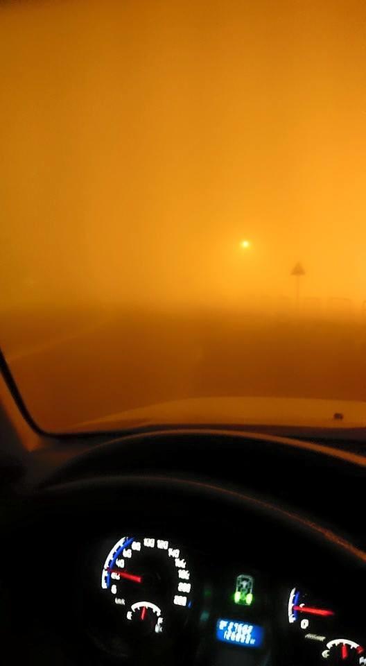 모래폭풍 카타르 차안에서_Michael Nasr Kamal