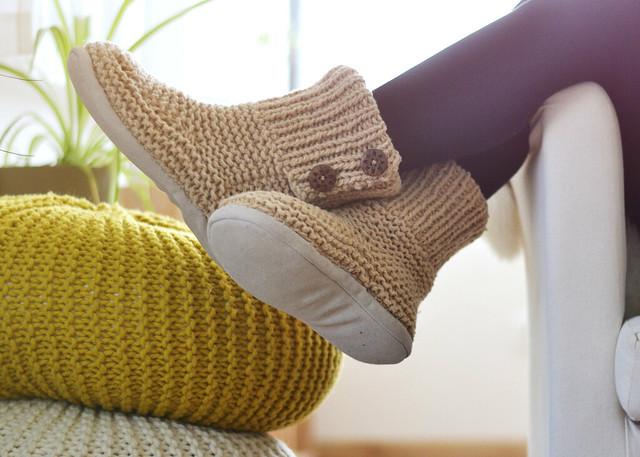 Chaussons tricotés teintés