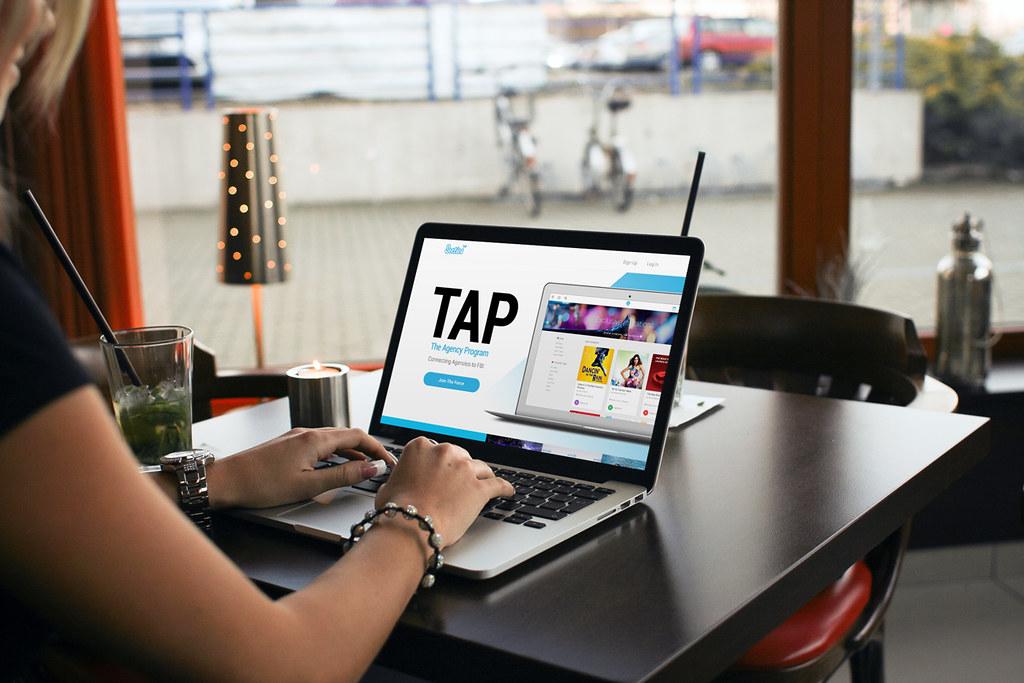 tap-laptop-3