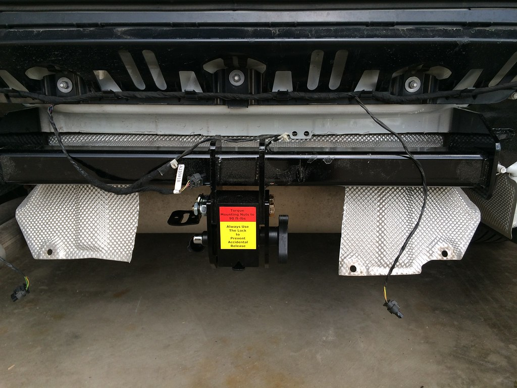 trailer hitch install from excuhitch 17367032262_44b66da1ba_b trailer hitch  install from excuhitch at cita.asia