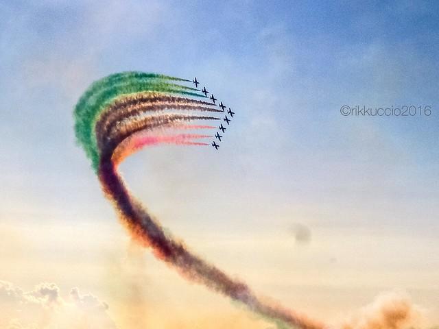Il saluto delle incantevoli Frecce Tricolori!!!!! The greeting of the lovely Frecce Tricolori !!
