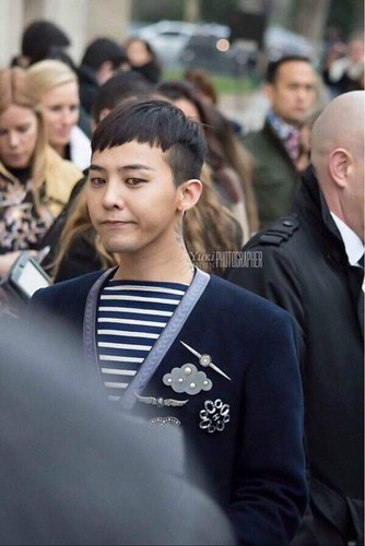 G-Dragon Chanel Haute Coutoure at Grand Palais Paris 2016-01-26 18