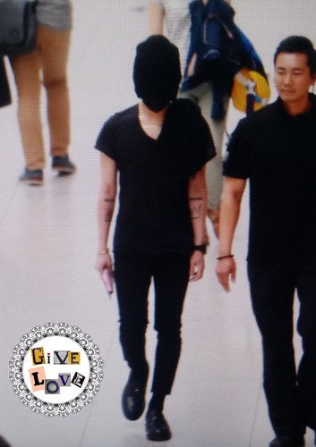 Big Bang - Incheon Airport - 29may2015 - G-Dragon - GiVe_LOVE8890 - 06