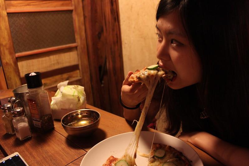 17度C大陸沙發客-西門町美食-美觀園-SOFREE披薩 (22)