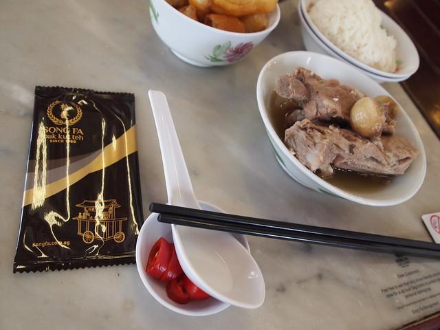P4189231 松發肉骨茶(SONGFA BAK KUH TEH) バクテー シンガポール