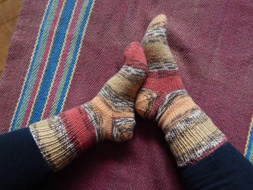 обе ноги