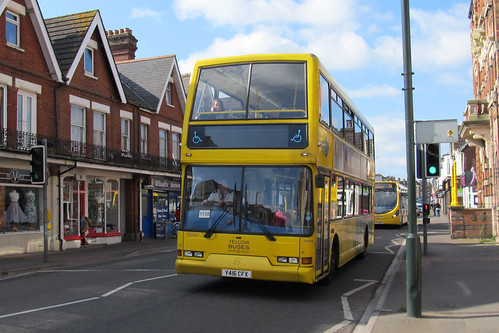 VLV416 Yellow Buses Bournemouth Y416CFX