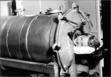 vaccines-iron-lung-child