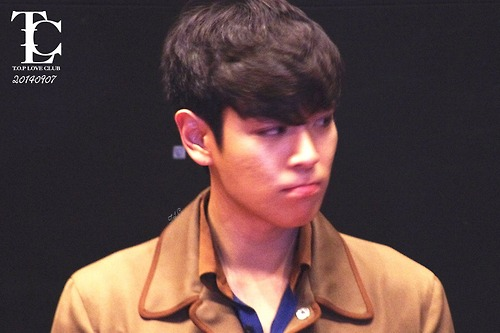 TOP-StageGreeting_Day2-LotteYongsan_20140907-(12)