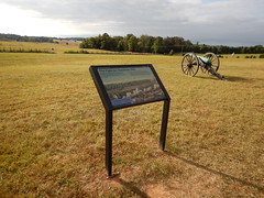 DSCN1713 131 Cannons, Sign Matthews Hill