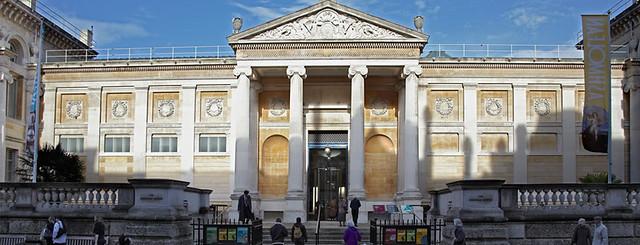 Como nasceram os museus