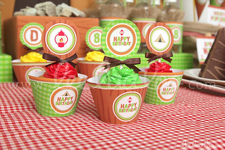 21b - Campout - Party Circle & Cupcake Wraps - B42