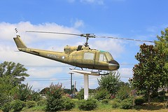 UH-1E