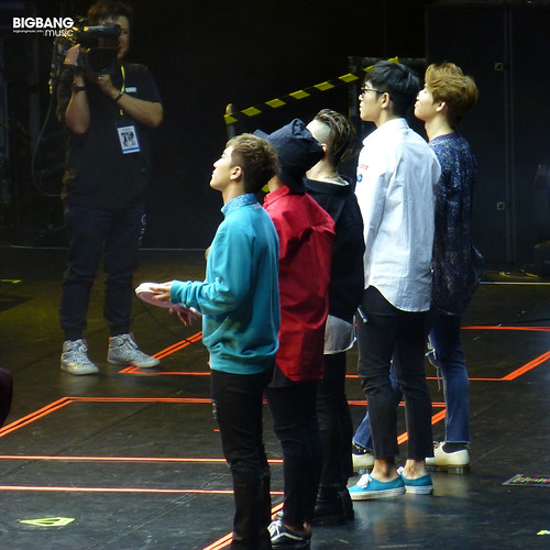 BBmusic-BIGBANG-Hong-Kong-Day-1-2016-07-22-10