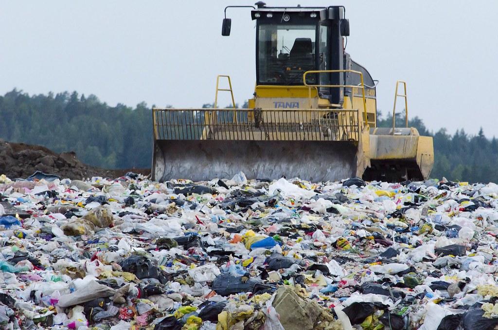 垃圾掩埋場可能含有多氯聯苯。圖片來源:Prylarer。CC0 Public Domain