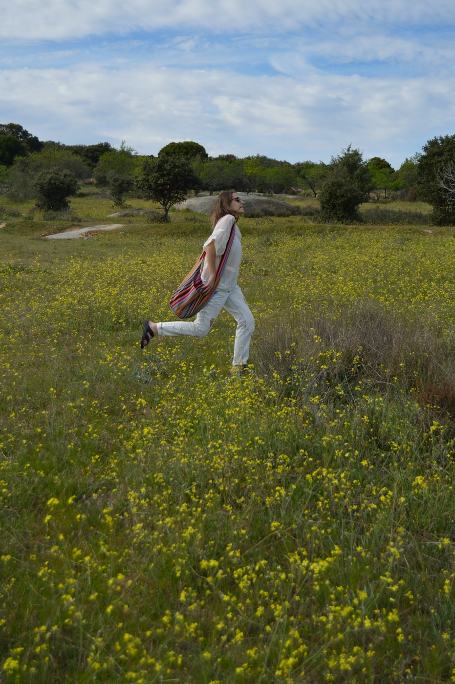 lara-vazquez-mad-lula-style-look-spring-out-wear-countryside