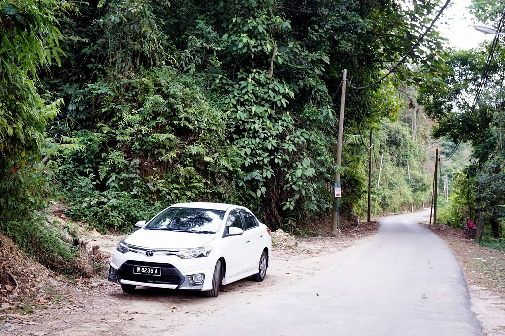 rebecca saw - car reviews - toyota vios TRD-020