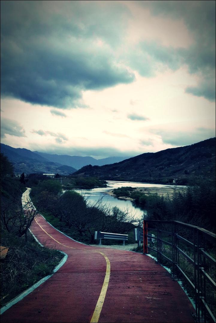 비 내리는 섬진강 -'섬진강 자전거 여행'