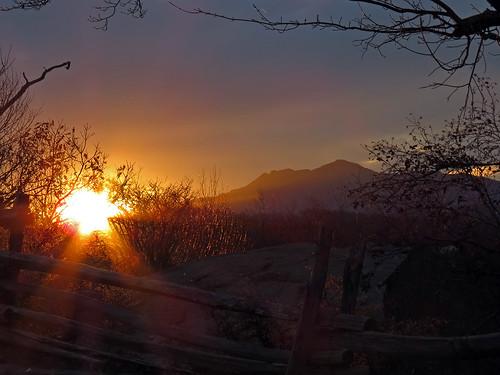 sunset landscape blueridgeparkway grandfathermountain westernnorthcarolina ravenrocksoverlook southernappalachians canonpowershotsx40hs