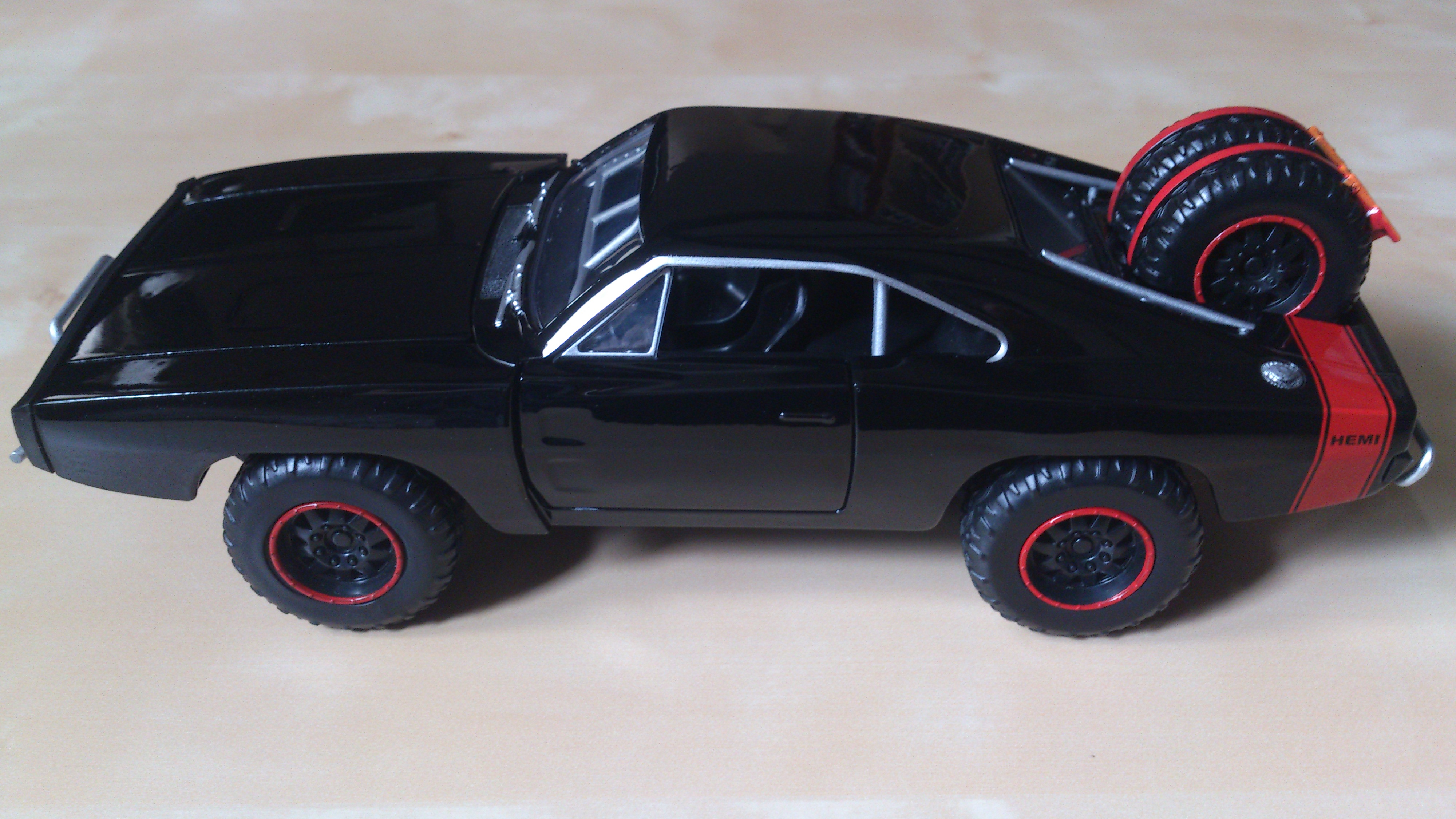 2015 Jada Toys Fast & Furious 7 Dom's Dodge Charger R/T ...