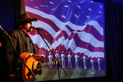 2015 Distinguished Artistic Award honoree Toby Keith performs the song
