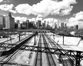 Tracks into Chicago