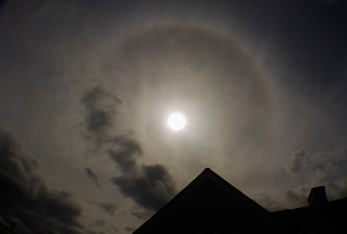 Partial 22 Degree Halo 10:37am BST 06/05/15